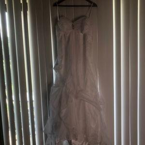 David's Bridal Dresses - Wedding Gown - White organza